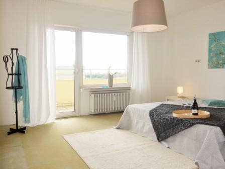 Schönes und helles Schlafzimmer